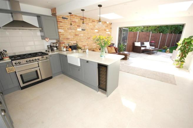 Refitted kitchen/dining/family room
