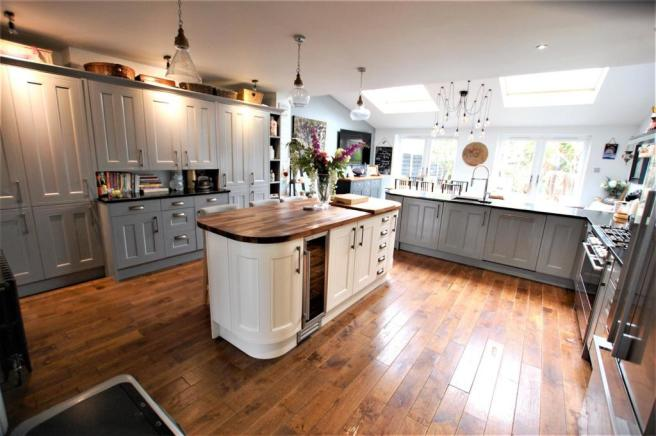 Refitted Kitchen/diner/family Room