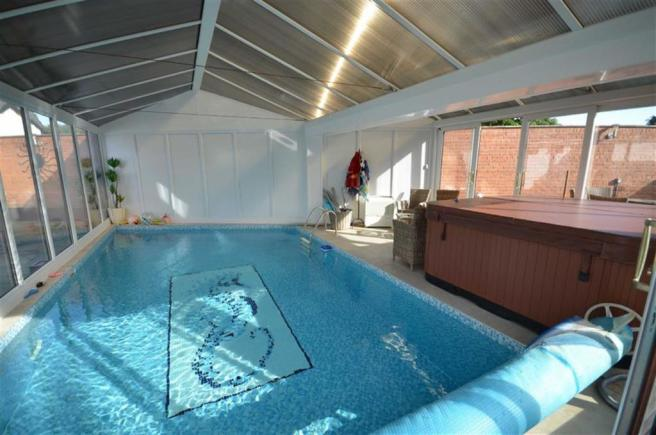 Heated, Enclosed Swimming Pool
