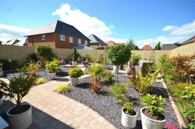 Feature Rear Garden