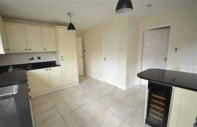 Refitted Kitchen/Breakfast Room