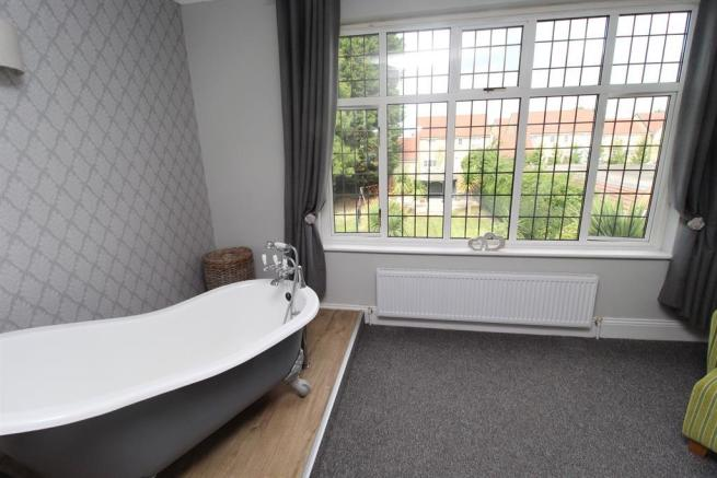 Ball & Claw Bath to Master Bedroom