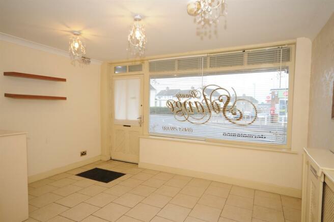 Main Shop / Reception