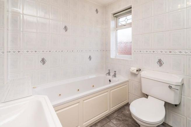 Bathroom / Shower Room / WC