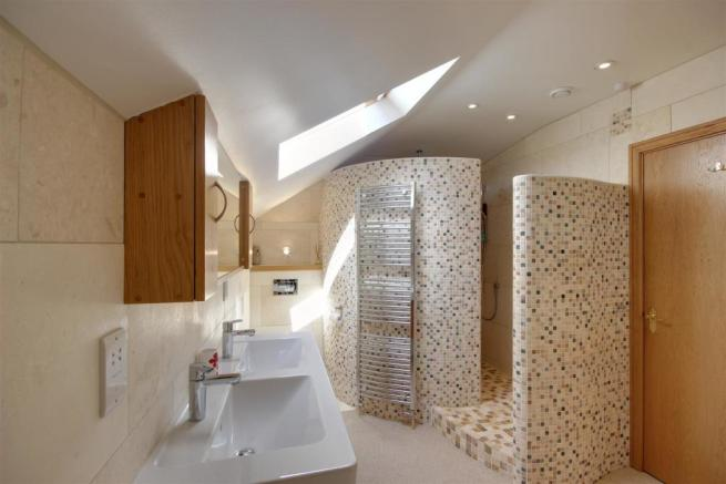 Luxurious Ensuite