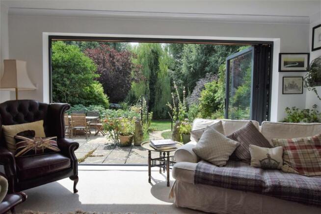 Bi-Folding Doors & Garden