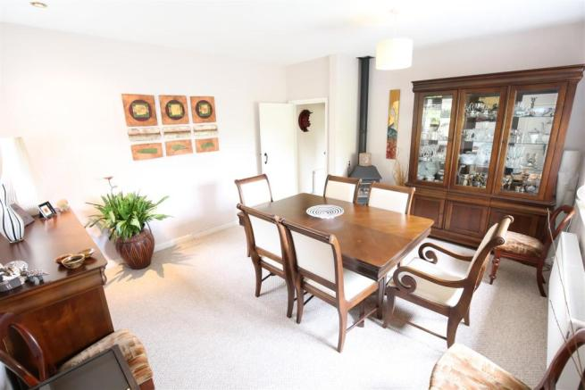 Dining Room / Annexe Living Room