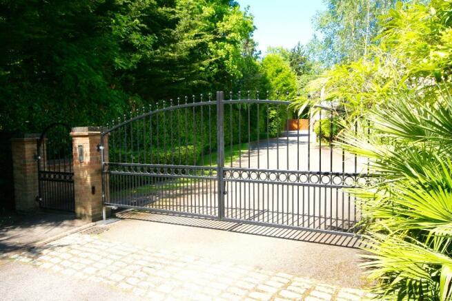 Gates To Close