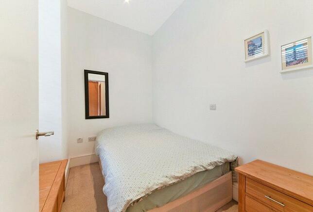 N1: Bedroom 1