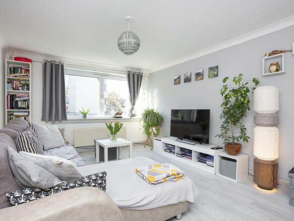 3 bedroom flat for sale in 3/3 CROWN STREET, EDINBURGH ...