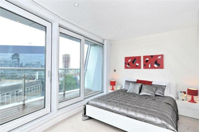 Ec1: Bedroom
