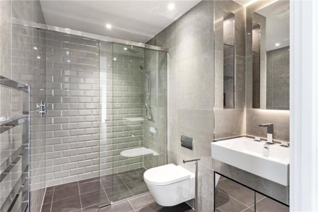 E1: Bathroom
