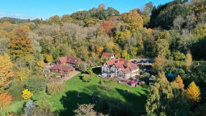 Kingswood House IMG1.jpg