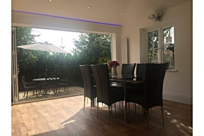Dining / Cinema Room