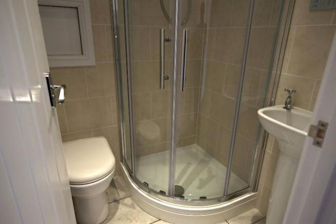 Annexe Shower Room
