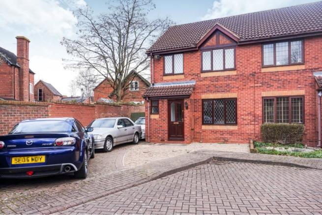 3 bedroom semi-detached house for sale in Avocet Close