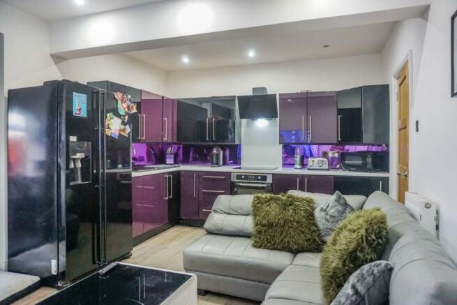 Lodge Kitchen/Living