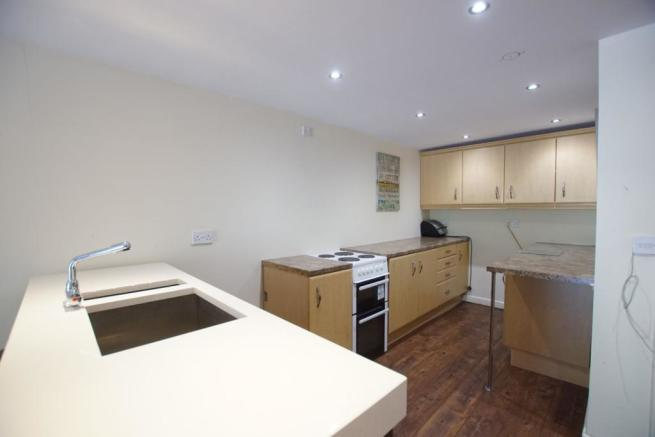 6 bedroom detached house for sale in mere road newton le willows