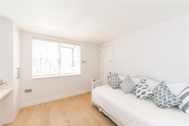 Bedroom 3 Studio