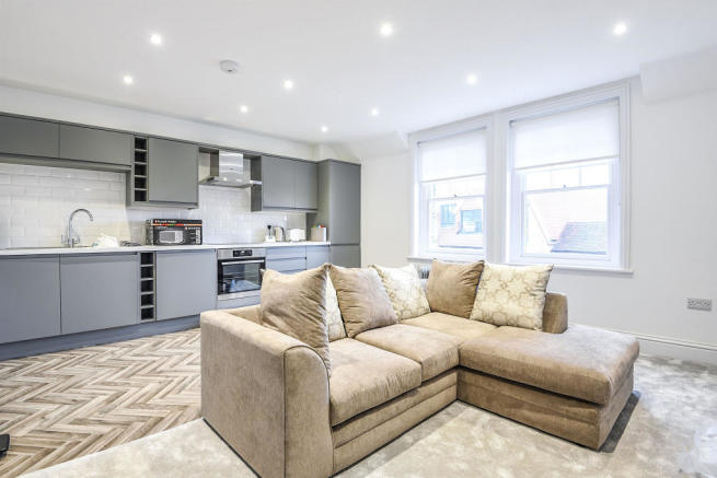 2 Bedroom Apartment For Sale In High Street Dorking Rh4