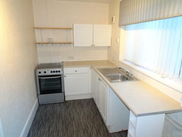109 H kitchen.jpg