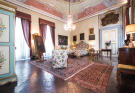 4 bed Apartment in Lucca, Lucca, Tuscany