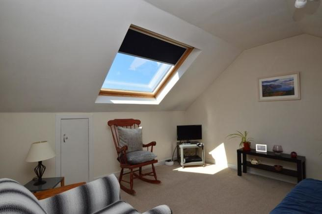 Sitting Room off Bed