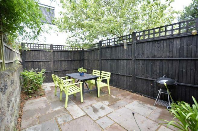 Garden (view 2)