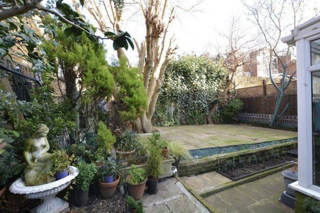 Garden (view 3)