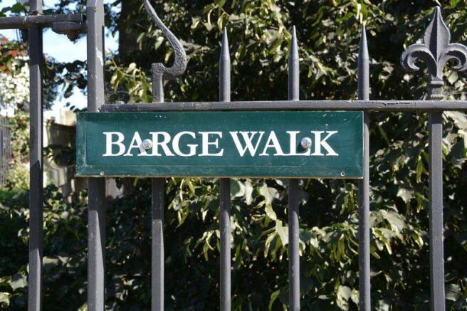 Barge Walk Sig...