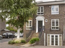 Photo of Manor Road, Teddington