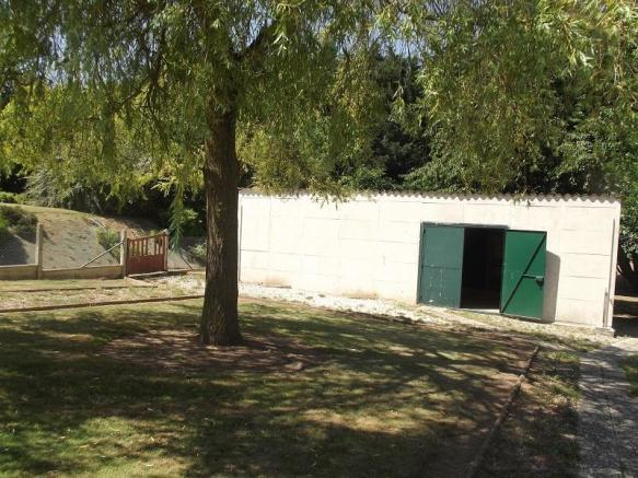 workshop in garden