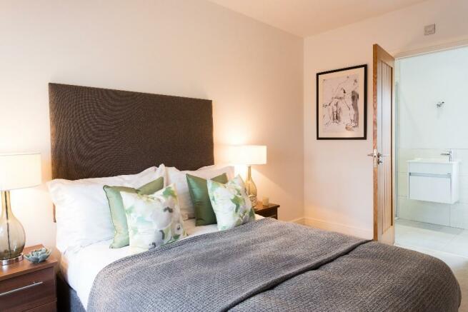 Bedroom 2 ,en suite