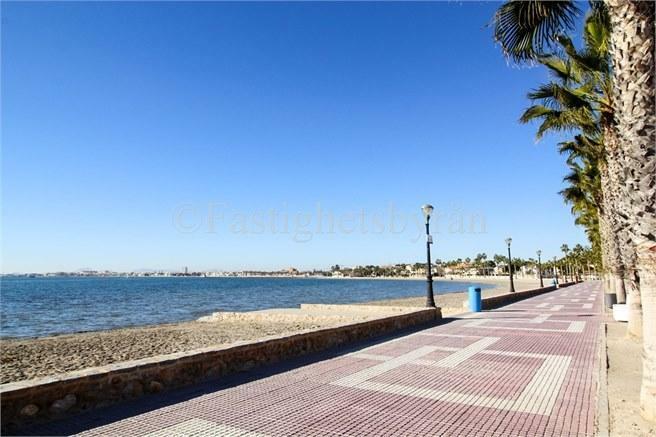 Los Alcazares fina strandpromenad!