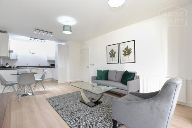 Awe Inspiring 2 Bedroom Flat To Rent In Sherrington Court Canning Town Download Free Architecture Designs Jebrpmadebymaigaardcom