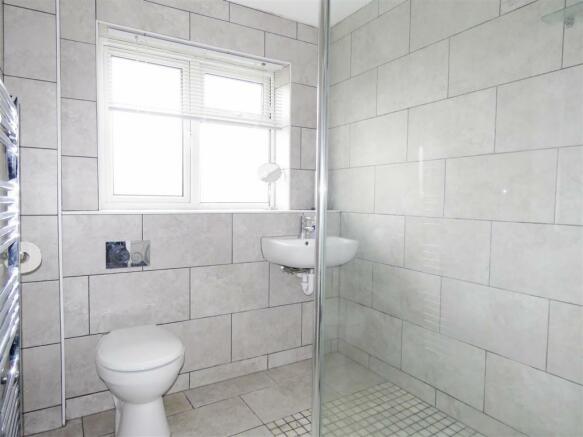 Wet room (a).JPG