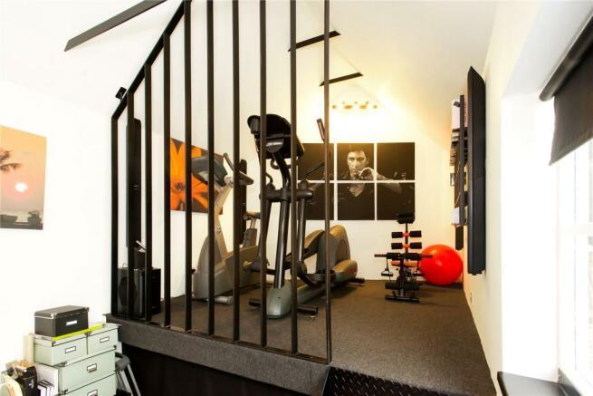 Garage (Home Office)