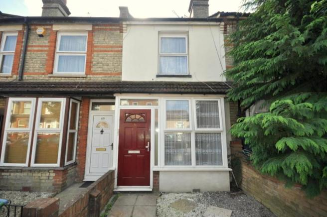 2 bedroom house to rent in Acme Road, Watford, WD24