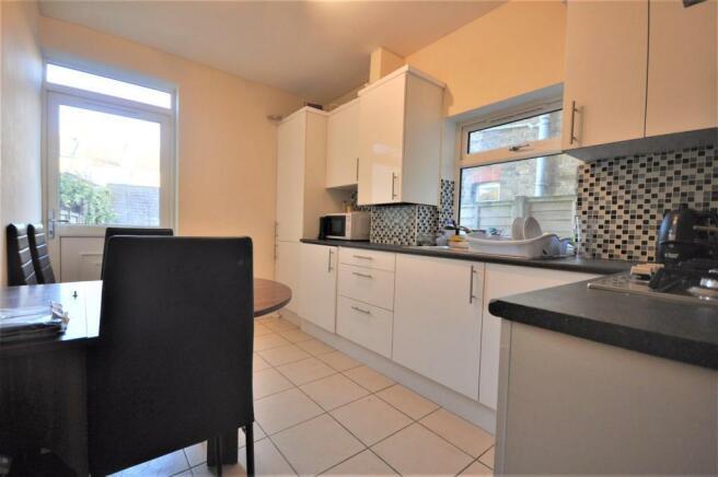 Brixton Road 27 kitchen 01.JPG