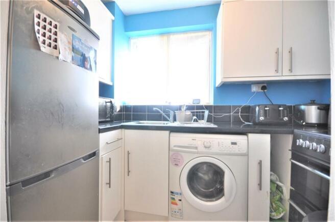 Southwold Road 74b kitchen 01.JPG