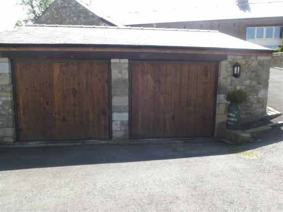 Driveway & Garages