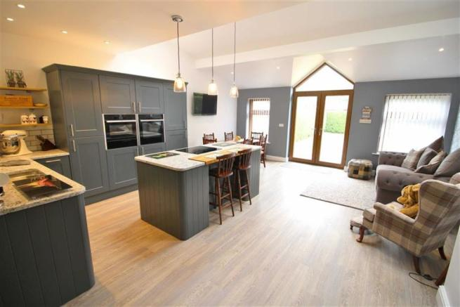 Open Plan Living Kitchen Further Image