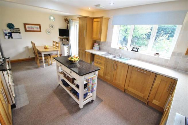 Kitchen Additional Image
