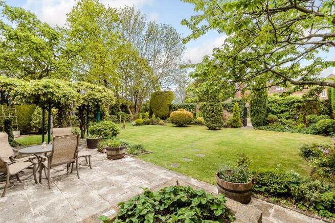 Private Garden