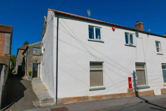 5 Bedroom Semi Detached House For Sale In High Street Curry
