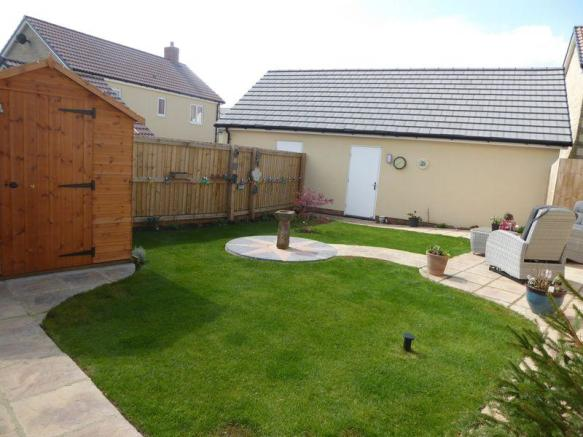 2 Bedroom Detached Bungalow For Sale In Maple Road Curry