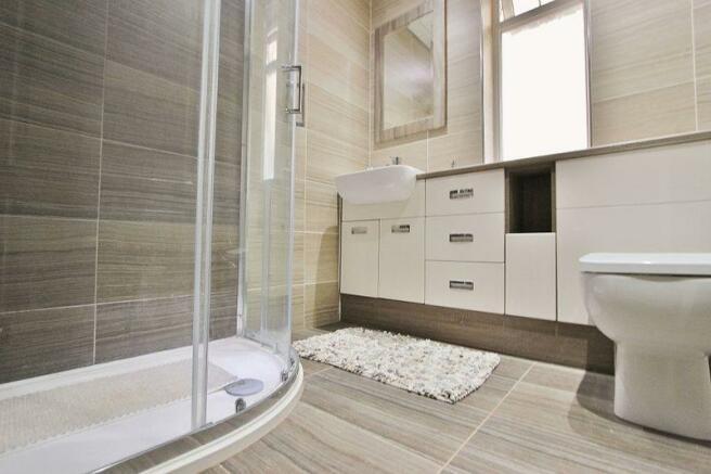 Shower Room (2)