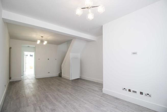 2 Bedroom Terraced House For Sale In Collingwood Road London N15