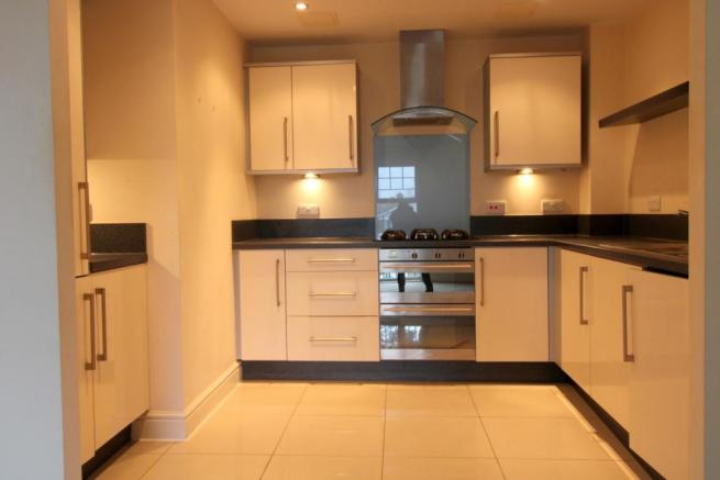 Moder fitted kitchen