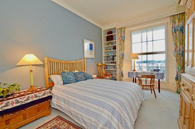 Porthgwidden Bedroom.jpg